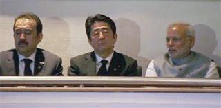 安倍首相 居眠りで物笑いのタネに