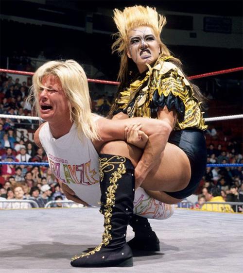 米WWFアランドラ・ブレイズの激闘
